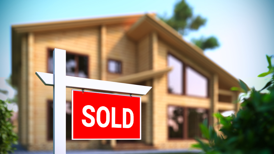 Real Estate Agents Sell Homes Faster