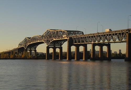 Brossard-Saint Lambert (across Champlain Bridge)