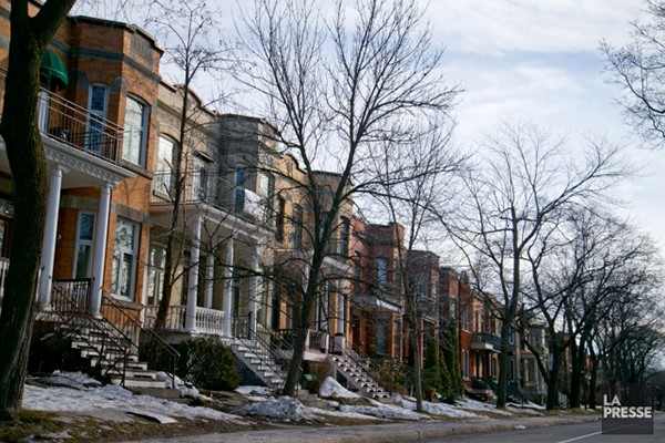 Outremont is popular among families who want good schools, an active community life, and stylish homes in a character-filled neighbohood