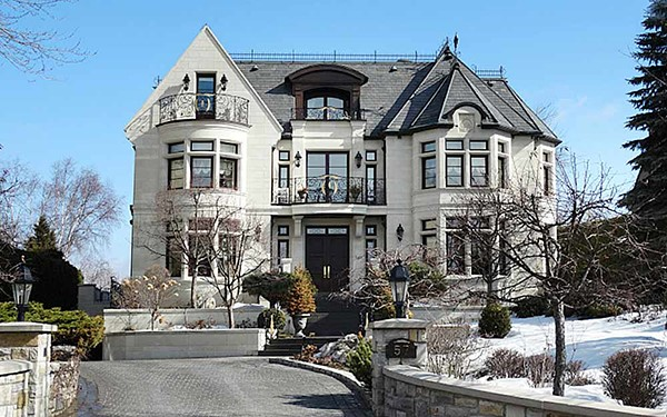 Westmound is undoubtedly the most expensive neighborhood for those with affluent tastes and budget.