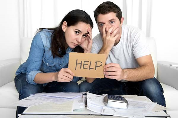 Get professional help from real estate professionals in order to sell your house as quickly as possible and for the best price