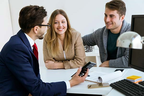 Speak to a mortgage broker to make sure you are making the best decision when renewing your mortgage.