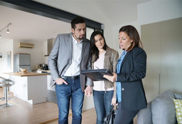 Work with a real estate broker to guarantee a successful sale of your investment property.